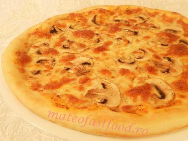 Pizza Funghi - 19 Ron