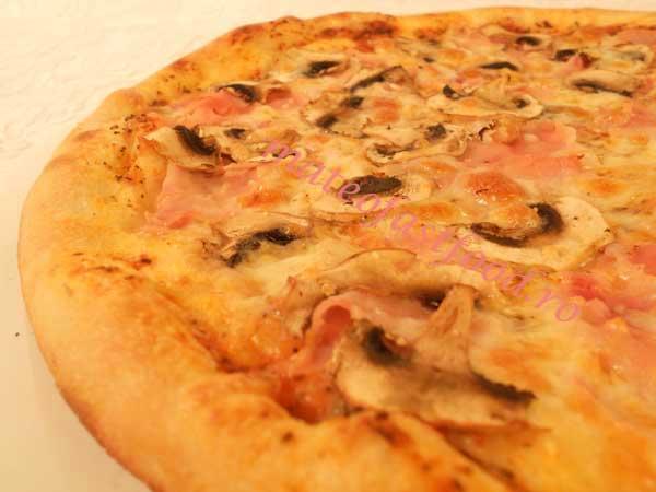 Pizza Prosciuto Funghi - 21 Ron